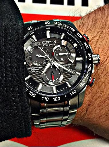 Watch Detail  61764dfca